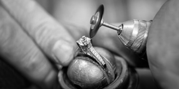 Check, Clean & Polish Service at Allan Bros Jewellers
